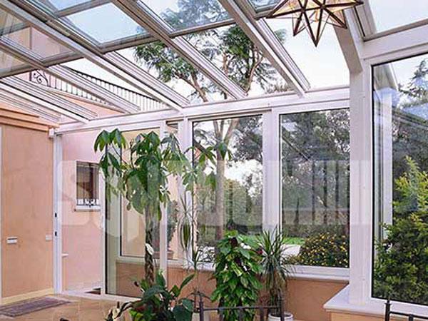 Prezzi-montaggio-verande-per-cortile-Modena