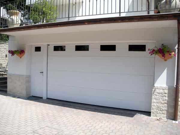 Prezzo-portoni-per-garage-Modena